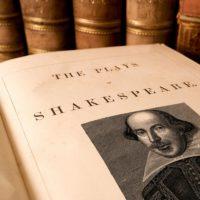 Великие цитаты Шекспира (200 цитат)