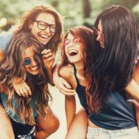 Красивые статусы о друзьях(300 статусов)