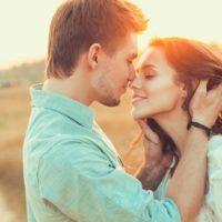 Красивые статусы про любимую девушку(300 статусов)